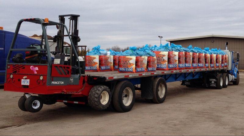 Big-bag-of-soil-on-truck