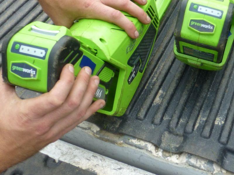 Greenworks-batteries1
